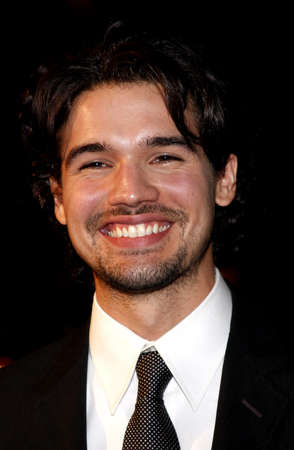 steven: Steven Strait attends the Los Angeles Premiere of 10.000 BC held at the Graumans Chinese Theater in Hollywood, California, United States on March 5, 2008. Editorial