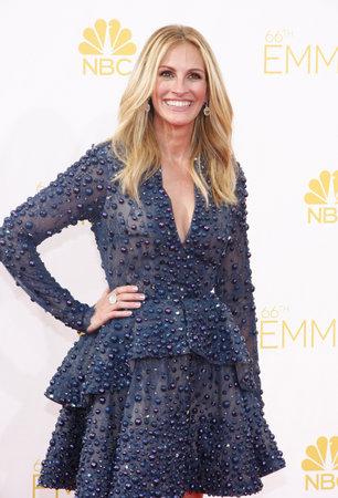 ロサンゼルス、カリフォルニア - 2014 年 8 月 25 日: 第 66 回プライムタイムエミー賞でジュリア ・ ロバーツは、2014 年 8 月 25 日にアメリカ、ロサンゼ 報道画像