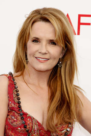 lea: Lea Thompson at the 40th AFI Life Achievement Award Honoring Shirley MacLaine held at the Sony Studios in Los Angeles on June 7, 2012. Editorial