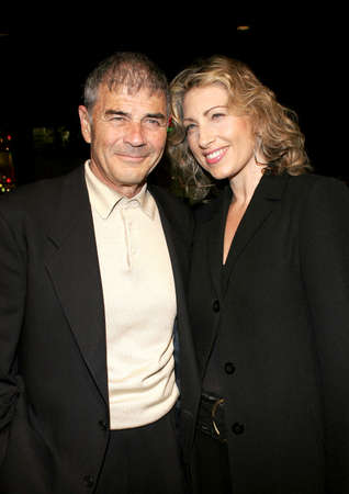 forster: HOLLYWOOD, CA - FEBRUARY 02, 2006: Robert Forster at the World premiere of Firewall held at the Graumans Chinese Theatre in Hollywood, USA on February 2, 2006. Editorial