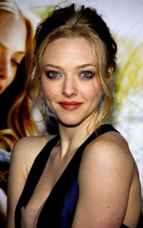 Amanda Seyfried at the Los Angeles premiere of Dear John held at the Graumans Chinese Theater in Hollywood on February 1, 2010.