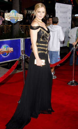 golden age: Abbie Cornish attends the Los Angeles Premiere of Elizabeth The Golden Age held at the Gibson Amphitheater Universal City Walk in Universal City, California, United States on October 1, 2007.