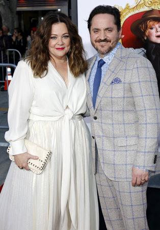 Melissa McCarthy e Ben Falcone al prima di Los Angeles 'del capo' hanno tenuto al teatro del villaggio della reggenza in Westwood, USA il 28 marzo 2016. Archivio Fotografico - 54681822
