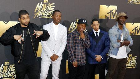 O'Shea Jackson Jr., Corey Hawkins, Jason Mitchell, Neil Brown Jr. and Aldis Hodge at the 2016 MTV Movie Awards held at the Warner Bros. Studios in Burbank, USA on April 9, 2016. Фото со стока - 55691622