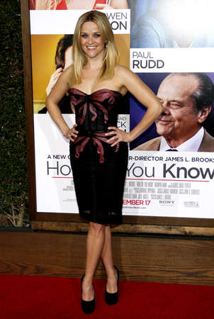 Reese Witherspoon at the Los Angeles premiere of How Do You Know held at the Regency Village Theater in Westwood on December 13, 2010. 新聞圖片