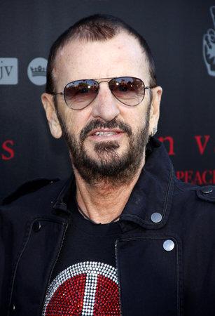 Ringo Starr at the John Varvatos #PeaceRocks Ringo Starr Private Concert held at the John Varvatos in Los Angeles, USA on September 21, 2014. Редакционное