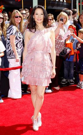 「カンフー パンダ」のロサンゼルス ・ プレミアにルーシー ・ リューは、2008 年 6 月 1 日にアメリカのハリウッドのグローマンズ ・ チャイニーズ