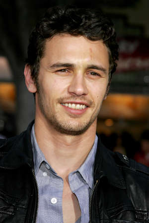 mann: James Franco at the Los Angeles Premiere of Knocked Up held at the Mann Village Theatre in Westwood, USA on May 21, 2007.