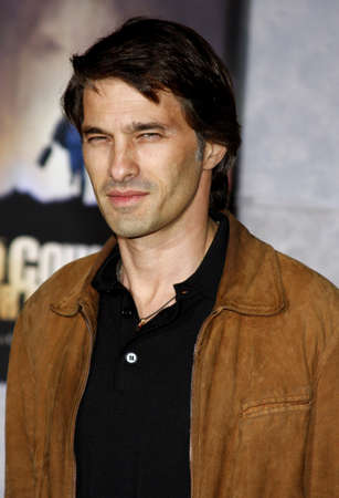 martinez: Olivier Martinez at the Los Angeles Premiere of No Country For Old Men held at the El Capitan Theater in Westwood, USA on November 4, 2007.