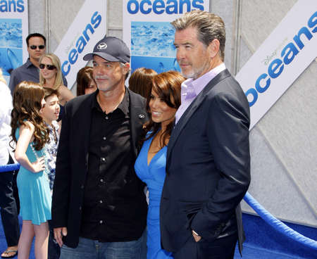 pierce: Pierce Brosnan and Robert Wyland at the Los Angeles premiere of Oceans held at the El Capitan Theater in Hollywood, USA on April 17, 2010.