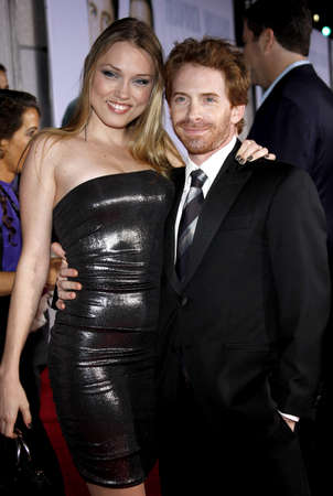 HOLLYWOOD, CA - NOVEMBER 09, 2009: Clare Grant and Seth Green at the World premiere of 'Old Dogs' held at the El Capitan Theater in Hollywood, USA on November 9, 2009. 報道画像
