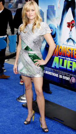 gibson: Reese Witherspoon at the Los Angeles premiere of Monsters vs. Aliens held at the Gibson Amphitheatre in Universal City on March 22, 2009.
