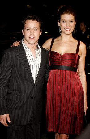 """music lyrics: Kate Walsh y TR Knight asisten a la premier de Los Ángeles de """"Letra y Música"""", celebrado en el teatro chino del Grauman en Hollywood, California el 7 de febrero de 2007."""