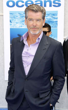 pierce: Pierce Brosnan at the Los Angeles premiere of Oceans held at the El Capitan Theater in Hollywood, USA on April 17, 2010. Editorial