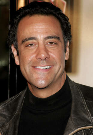 letras musicales: Brad Garrett attends the Los Angeles Premiere of Music and Lyrics held at the Graumans Chinese Theater in Hollywood, California on February 7, 2007. Editorial