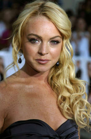 mr and mrs: Lindsay Lohan at the Los Angeles Premiere of Mr. & Mrs. Smith held at the Manns Village Theater in Westwood, USA on June 7, 2005. Editorial