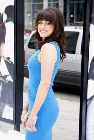 poppers: Carla Gugino at the Los Angeles premiere of Mr. Poppers Penguins held at the Graumans Chinese Theatre in Hollywood, USA on June 12, 2011. Editorial