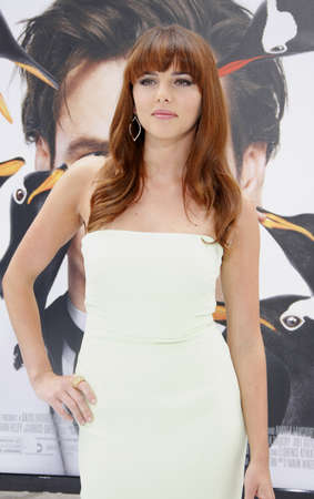 poppers: HOLLYWOOD, CA - JUNE 12, 2011: Ophelia Lovibond at the Los Angeles premiere of Mr. Poppers Penguins held at the Graumans Chinese Theatre in Hollywood, USA on June 12, 2011. Editorial