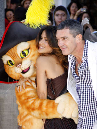 premiere: Antonio Banderas and Salma Hayek at the Los Angeles premiere of Puss In Boots held at the Regency Village Theater in Westwood, USA on October 23, 2011. Editorial