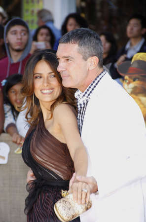 puss: Antonio Banderas and Salma Hayek at the Los Angeles premiere of Puss In Boots held at the Regency Village Theater in Westwood, USA on October 23, 2011. Editorial
