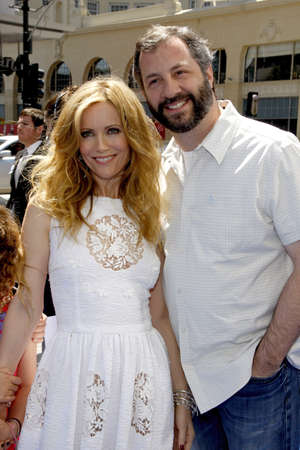 HOLLYWOOD, CA - APRIL 10, 2011: Leslie Mann and Judd Apatow at the Los Angeles premiere of 'Rio' held at the Grauman's Chinese Theater in Hollywood, USA on April 10, 2011.
