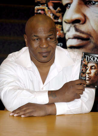 bluray: Mike Tyson promotes the Blu-ray and DVD Tyson held at the Borders in Hollywood, USA on August 18, 2009. Editorial