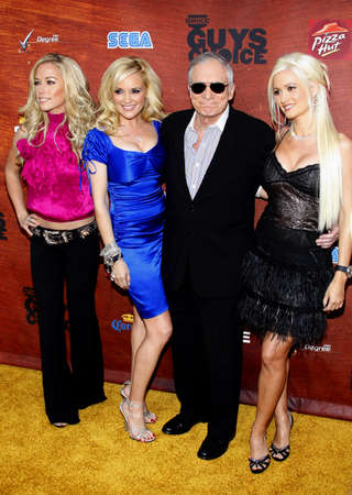 hugh: Kendra Wilkinson, Bridget Marquardt, Hugh Hefner and Holly Madison attend the Spike TV 2nd Annual Guys Choice Awards held at the Sony Pictures Studios in Culver City, USA on May 30, 2008.