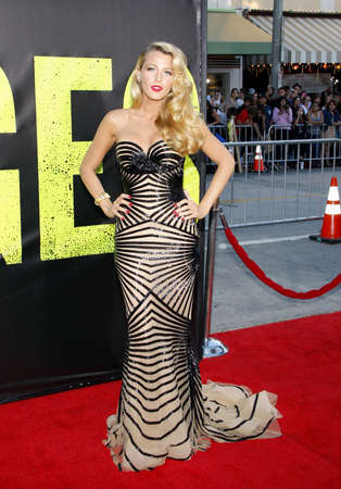 Blake Lively at the Los Angeles premiere of Savages held at the Mann Village Theater in Westwood on June 25, 2012. Sajtókép