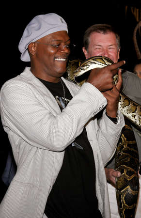 samuel: Samuel L. Jackson at the Los Angeles premiere of Snakes on a Plane held at the Graumans Chinese Theater in Hollywood, USA on August 17, 2006.