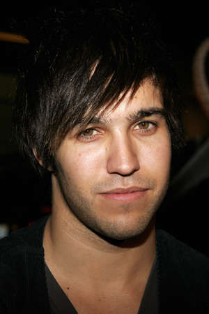 premieres: Pete Wentz at the Los Angeles premiere of Snakes on a Plane held at the Graumans Chinese Theater in Hollywood, USA on August 17, 2006.