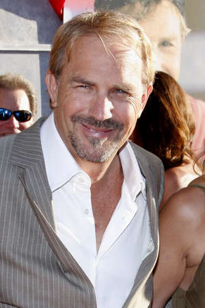 premieres: Kevin Costner at the Los Angeles premiere of Swing Vote held at the El Capitan Theater in Hollywood on July 24, 2008. Editorial