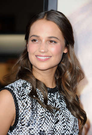 Alicia Vikander at the Los Angeles premiere of 'The Danish Girl' held at the Westwood Village Theatre in Westwood, USA on November 21, 2015. 報道画像