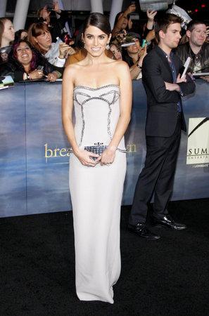 amanecer: Nikki Reed en el estreno de Los Ángeles de 'La Saga Crepúsculo: Amanecer - Parte 2' celebrada en el Nokia Theatre LA Live en Los Angeles el 12 de noviembre de 2012.