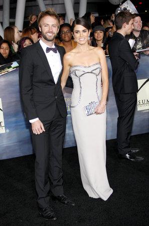 amanecer: Nikki Reed y Paul McDonald en la premier de Los �ngeles de 'La Saga Crep�sculo: Amanecer - Parte 2' celebrada en el Nokia Theatre LA Live en Los Angeles el 12 de noviembre de 2012.
