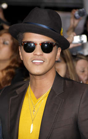Bruno Mars at the Los Angeles premiere of The Twilight Saga: Breaking Dawn Part 1 held at the Nokia Theatre L.A. Live in Los Angeles on November 14, 2011. Redakční