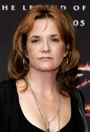 LOS ANGELES, CA - OCTOBER 16, 2005: Lea Thompson at the Los Angeles premiere of 'The Legend of Zorro' held at the Orpheum Theater in Los Angeles, USA on October 16, 2005.
