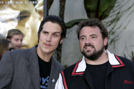 bourne: HOLLYWOOD, CA - JULY 15, 2004: Jason Mewes and Kevin Smith at the World premiere of 'The Bourne Supremacy' held at the ArcLight Cinema in Hollywood, USA on July 15, 2004. Editorial