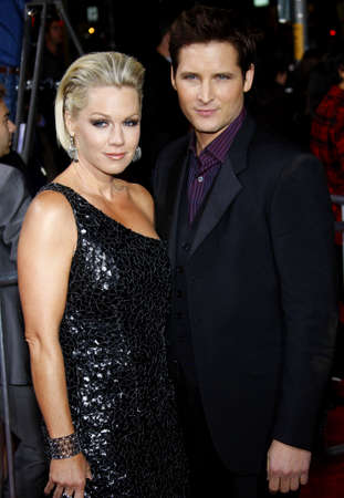 garth: Jennie Garth and Peter Facinelli at the Los Angeles premiere of The Twilight Saga: New Moon held at the Manns Village Theatre in Westwood on November 16, 2009.