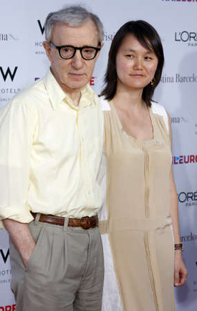Woody Allen at the Los Angeles premiere of Vicky Cristina Barcelona held at the Mann Village Theater in Westwood, USA on August 8, 2008. Редакционное