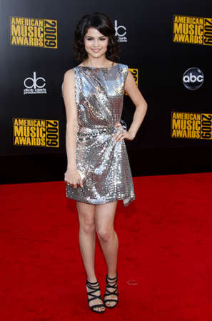 gomez: Selena Gomez at the 2009 American Music Awards held at the Nokia Theater in Los Angeles, USA on November 22, 2009.