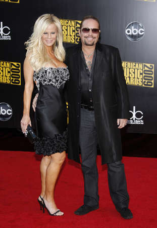 lia: Lia Gherardini and Vince Neil at the 2009 American Music Awards held at the Nokia Theater in Los Angeles, USA on November 22, 2009. Editorial