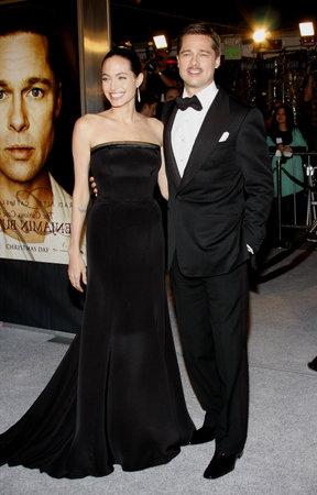 アンジェリーナ ・ ジョリーとブラッド ・ ピット、ロサンゼルスでは、' のベンジャミン バトン数奇 ' 2008 年 12 月 8 日にウェストウッド、ア