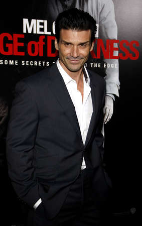 Frank Grillo at the Los Angeles premiere of Edge of Darkness held at the Graumans Chinese Theater in Hollywood, USA on January 26, 2010. 新聞圖片