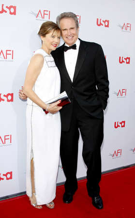 Warren Beatty and Annette Bening at the 36th AFI Life Achievement Award held at the Kodak Theater, Hollywood, USA on June 12, 2008.