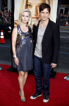 garth: Jennie Garth and Peter Facinelli at the Los Angeles premiere of Letters To Juliet held at the Graumans Chinese Theater in Hollywood, California, United States on May 11, 2010. Editorial