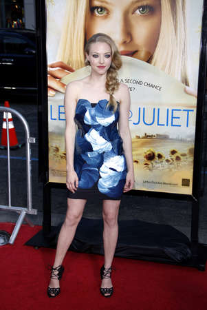 amanda: Amanda Seyfried at the Los Angeles premiere of Letters To Juliet held at the Graumans Chinese Theater in Hollywood, USA on May 11, 2010.