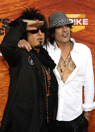 Nikki Sixx and Tommy Lee at the Spike TV 2nd Annual Guys Choice Awards held at the Sony Pictures Studios in Culver City, USA on May 30, 2008. 報道画像