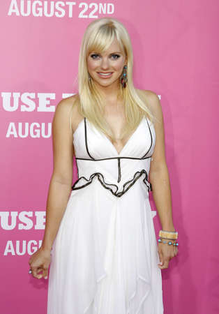 Anna Faris at the Los Angeles premiere of 'House Bunny' held at the Mann Village Theatre in Westwood, USA on August 20, 2008. Standard-Bild - 111246112