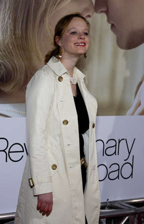 Thora Birch at the Los Angeles premiere of 'Revolutionary Road' held at the Mann Village Theater in Westwood, USA on December 15, 2008. Redactioneel