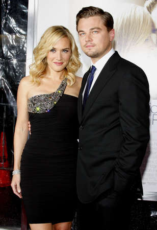 Kate Winslet and Leonardo DiCaprio at the Los Angeles premiere of 'Revolutionary Road' held at the Mann Village Theater in Westwood, USA on December 15, 2008. Standard-Bild - 111246190
